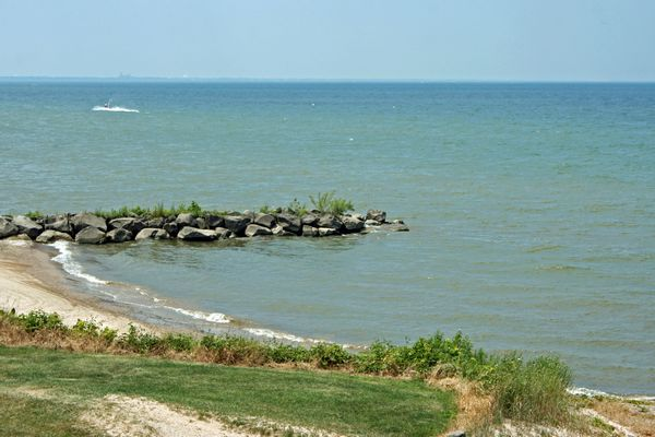 image of lake Erie