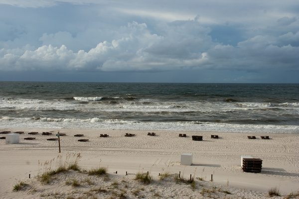 image of the beach at Gulf Shores Alabama