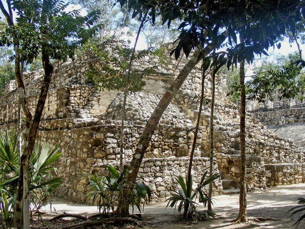 image of the ruins at coba in Mexico