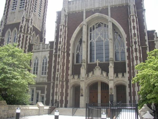 image of a church in Atlanta Ga