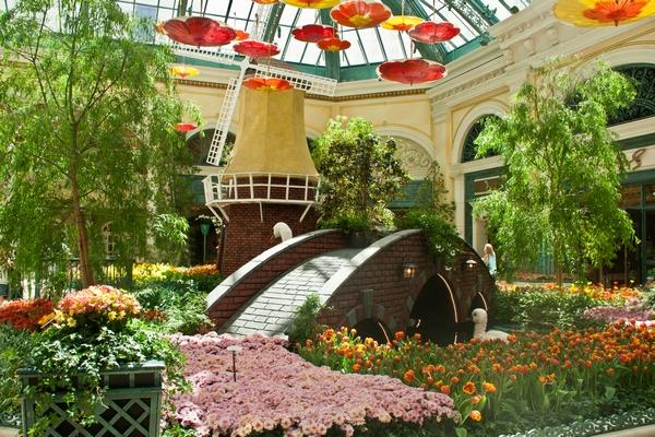 image of Bellagio gardens